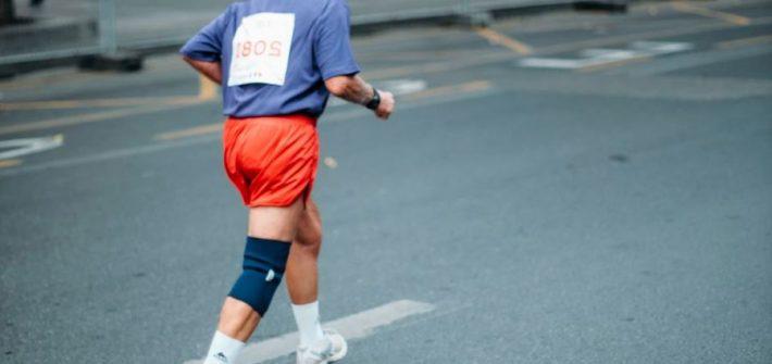 sénior à une course à pied